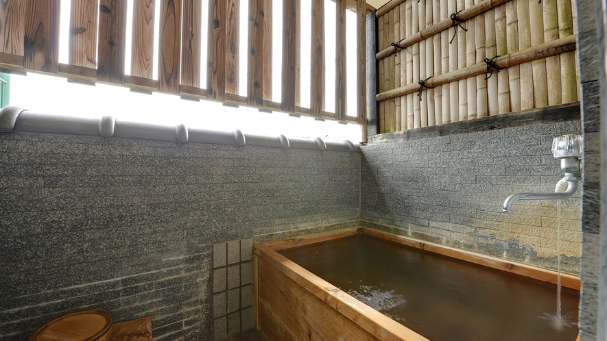 *源泉掛け流し露天風呂付和室14畳