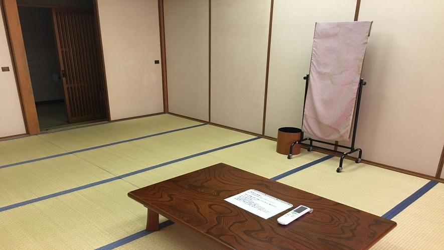 すっきりと掃除の行き届いた和室をご用意します