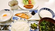 *【ご朝食一例】和定食を食堂にてご用意いたします