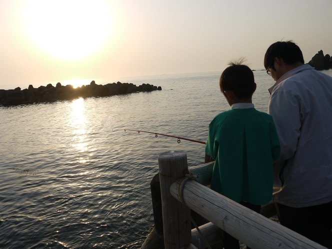 夕陽をみながら釣り
