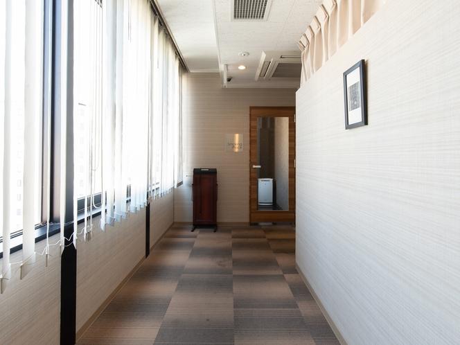 キャビン風カプセルルーム  廊下