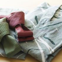 【客室】浴衣は男女・お子様用に各種サイズご用意しております。