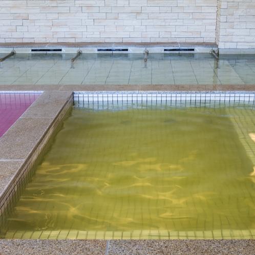 【お好み風呂HA-SHI-GO】露天風呂へ向かう前にこちらで身体を温めてください。