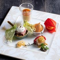 【ZEN・2020年秋】コースの始まりは秋を感じさせる前菜から。