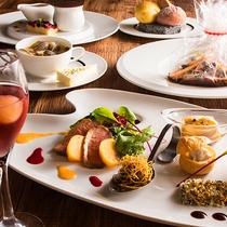 【ZEN・秋の女子会コース】オードブル、お肉料理、パン、スープ、デザートのみのライトなコースです。