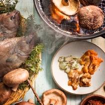 【夕食ブッフェ・6~8月】近海の獲れたて魚介やジャンボ椎茸を炙り焼きで香りゆたかに。