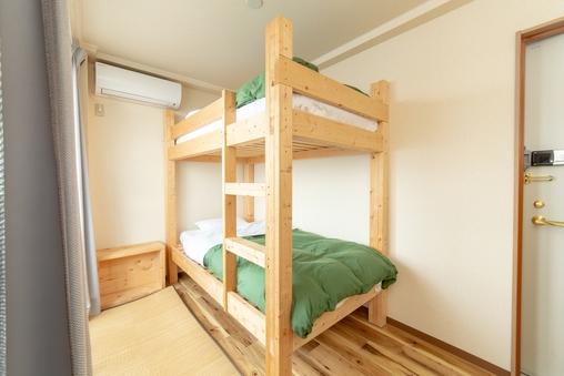 【朝食付き】2段ベッド~2人部屋