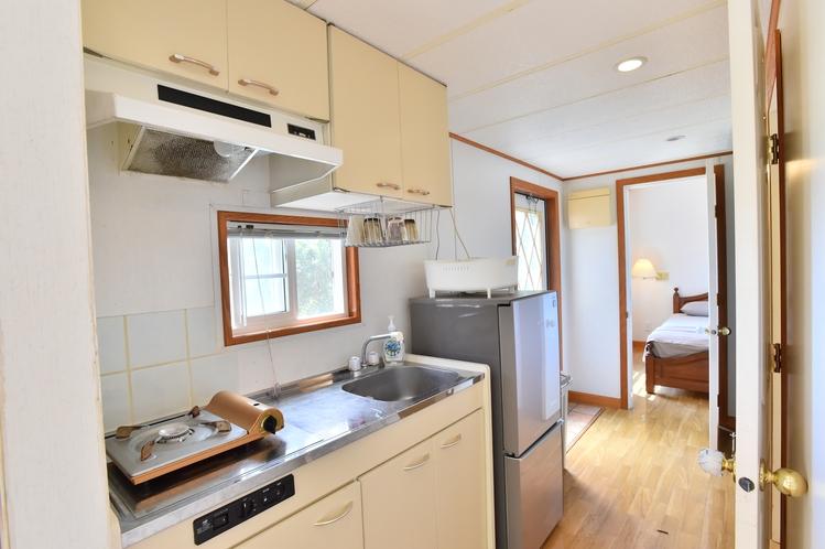 ・ダブルスイート:調理スペースもしっかり確保されたキッチン