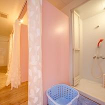 ●女性専用シャワースペース