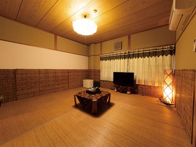 4〜6名様部屋(8畳)
