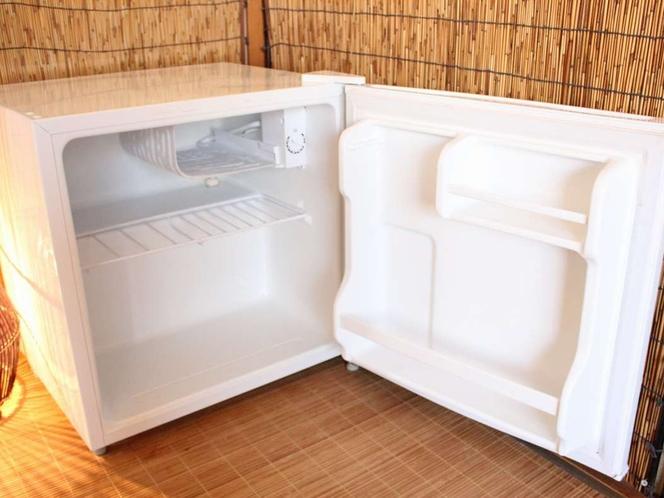 ミニ冷蔵庫(全客室設置)