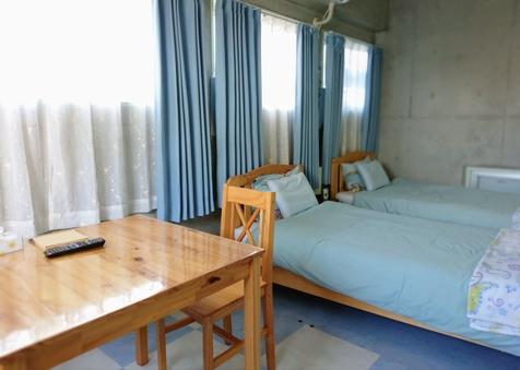 【個室】Wi-Fi/冷暖房完備/ツイン・トリプルルーム