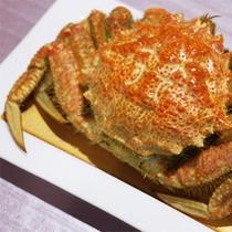 *夕食一例/立派なカニをまるごとお出しすることも♪※料理内容は水揚げ状況により異なります。