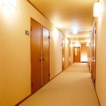 *館内/お部屋は全10室。アットホームなおもてなしが魅力の小さな旅館です。