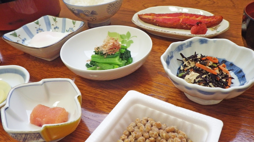 *朝食一例/身体にやさしい和朝食を食べて、観光・お仕事にお出かけください♪