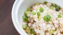 *【夕食一例】地場・鳥海山麗の蕎麦の実。ふんわりとした風味とプチプチした食感をお楽しみください。