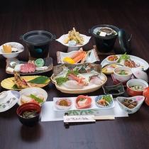 *【豪華食材勢ぞろい!日本海御膳(一例)】季節によってお料理内容は変わります。