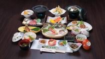 *【日本海御膳(一例)】美食満載!秋田由利牛&活き鮑など、豪華な日本海グルメを丸ごと楽しめます!