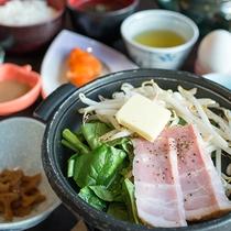*【朝食一例】ご飯がすすむ、色々なおかずが嬉しい!