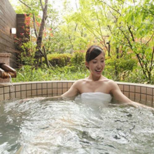 カップルやご夫婦でのご利用にお勧め♪貸切風呂「薩摩」※霧島観光ホテルとの共同利用となります。