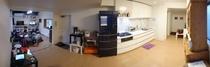 共用リビング・ロビー・キッチンの写真