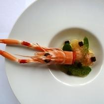 手長海老のサラダ