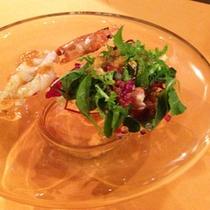 焼き海老のサラダ