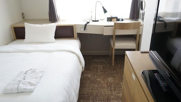 禁煙■セミダブル|ベッド幅130cm/13平米/Wi-Fi