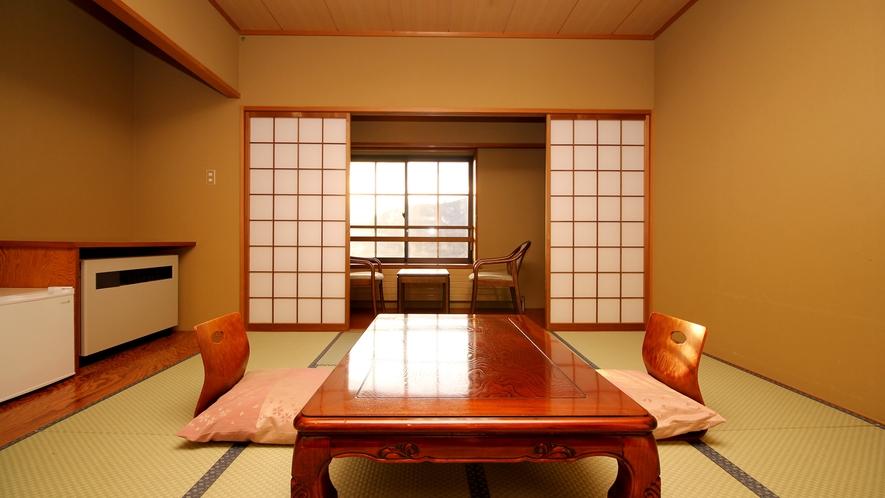 【客室一例*8畳】広縁付。窓からは綺麗な夕陽を眺める事が出来ます。