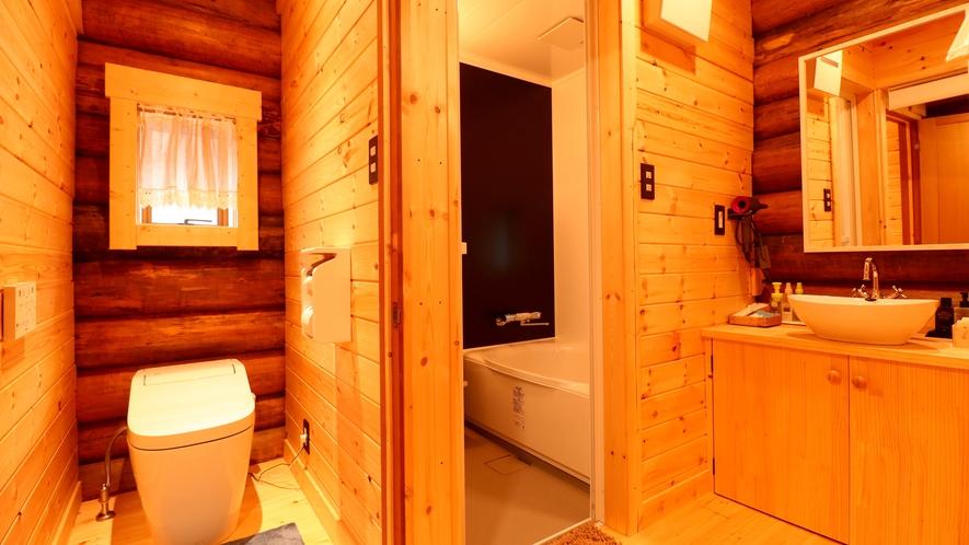【離れ ログハウス】専用バス・トイレ・洗面付きで快適にお過ごしいただけます