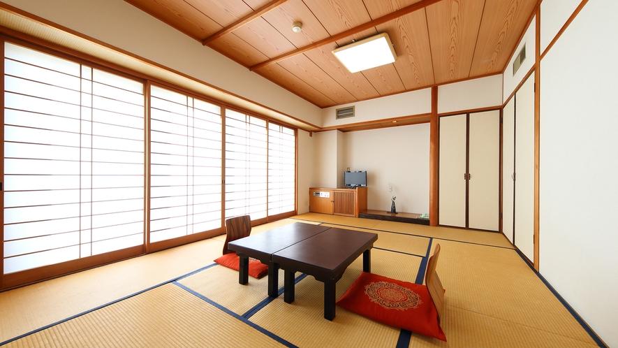 和室12畳(定員:1~6名様)※お布団はお客様自身で敷いていただく形式です。