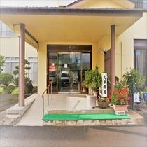 久田旅館玄関