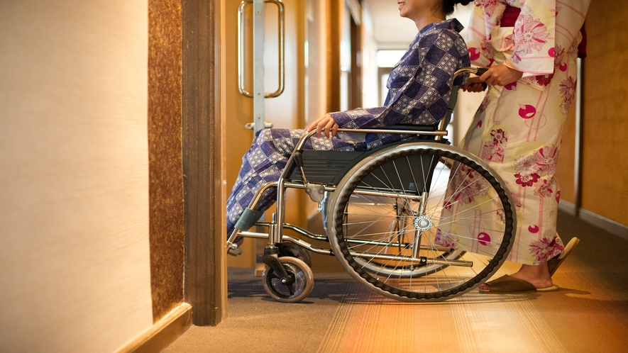 車椅子でもお部屋に入室ができます