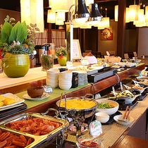 朝食バイキング(朝食レストラン「あけびの実」)