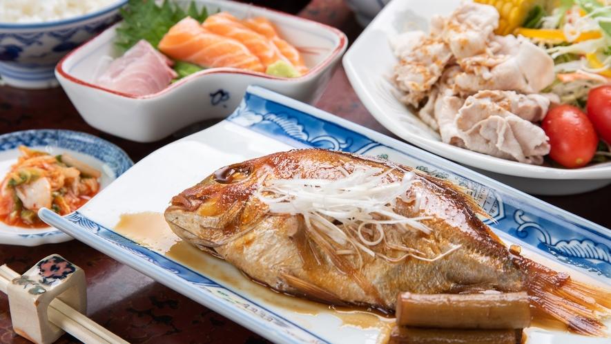 *【夕食一例】日替わりで食事内容は異なります。母の味をお楽しみください♪
