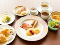 【朝食(洋食)】