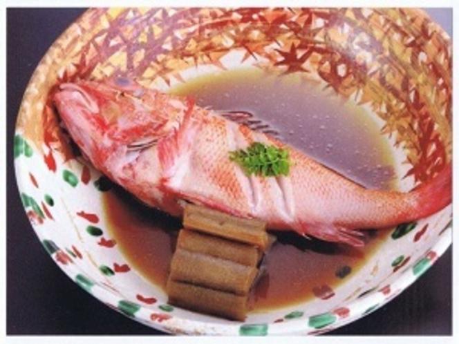 好評のきんき煮魚