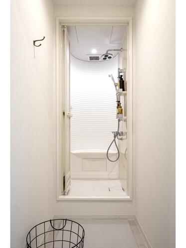モデレートキャビン シャワールーム