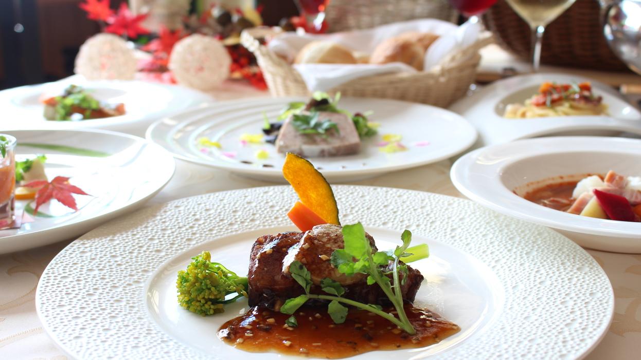 【夕食】グレードアップ:ロッシーニ風ステーキ