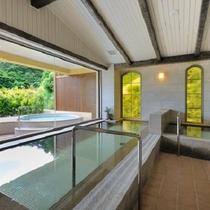 【女性大浴場】大浴場内には男女ともに2箇所、種類の異なるサウナ室を完備。