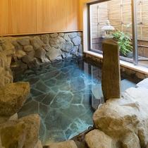 貸切風呂【岩】おふたりでゆったりご利用ください。