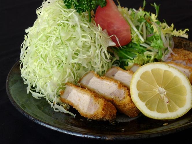 石打ユングパルナス内『食の蔵』