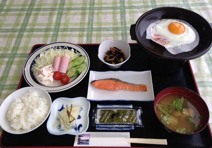 ホテル ワンワン倶楽部の朝食メニュー(一例)