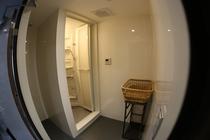 個室シャワールーム1