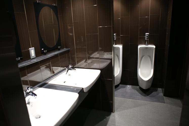 男性用トイレ
