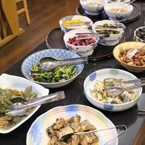 *朝食バイキング/和食・洋食ともに豊富な朝食バイキングはお客様に好評です♪