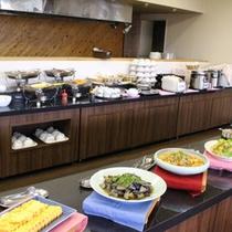*朝食バイキング/北海道産の食材を中心に和・洋メニューが充実!