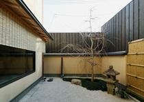 お池 坪庭