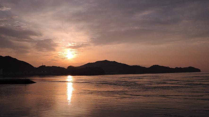 *当館からの景色。美しい朝陽が眺められます