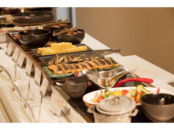 【朝食ビュッフェ】約80種類♪和洋朝食ビュッフェ